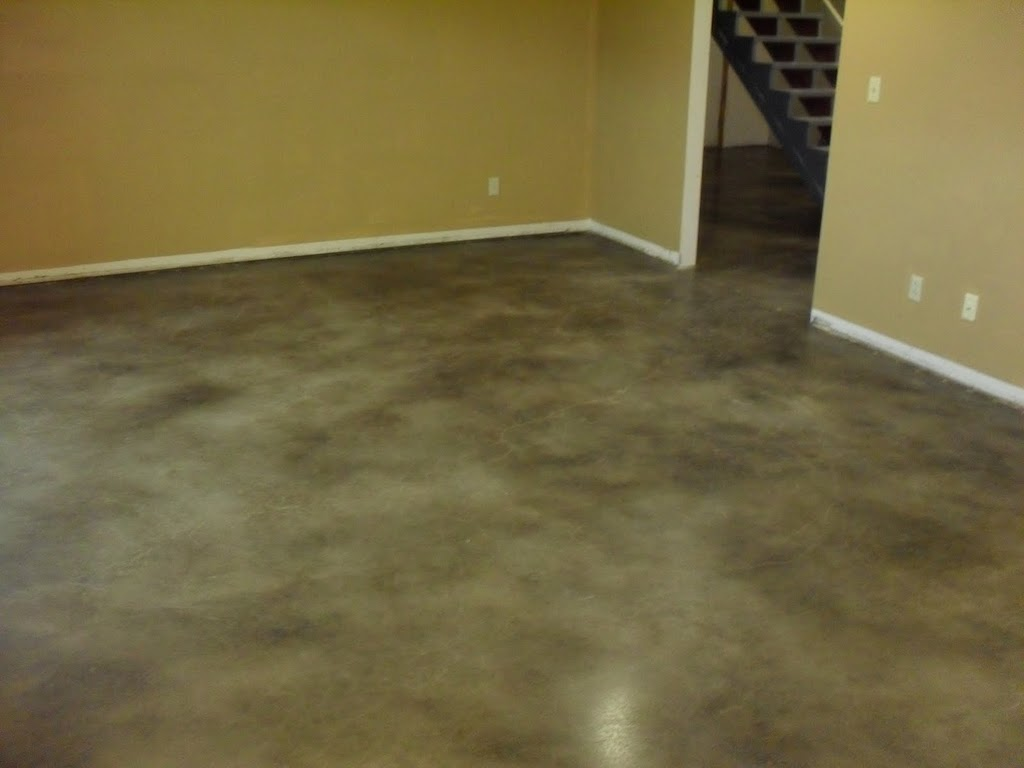 Concrete staining in wichita ks and surround areas for Stained concrete floors